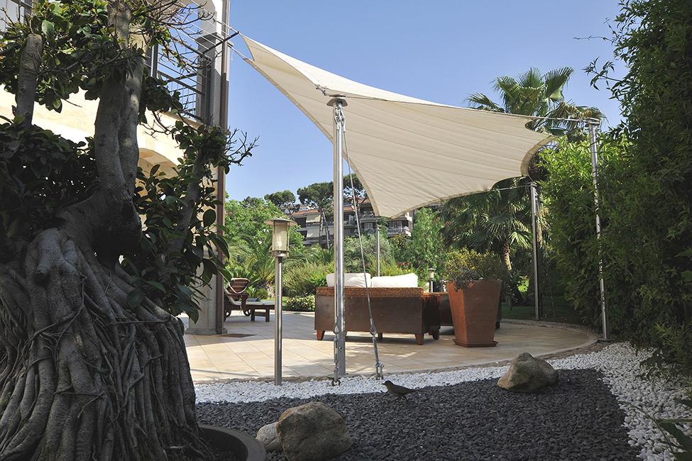 Arredo outdoor arredamento esterni arredo giardini in for Arredo ville e giardini