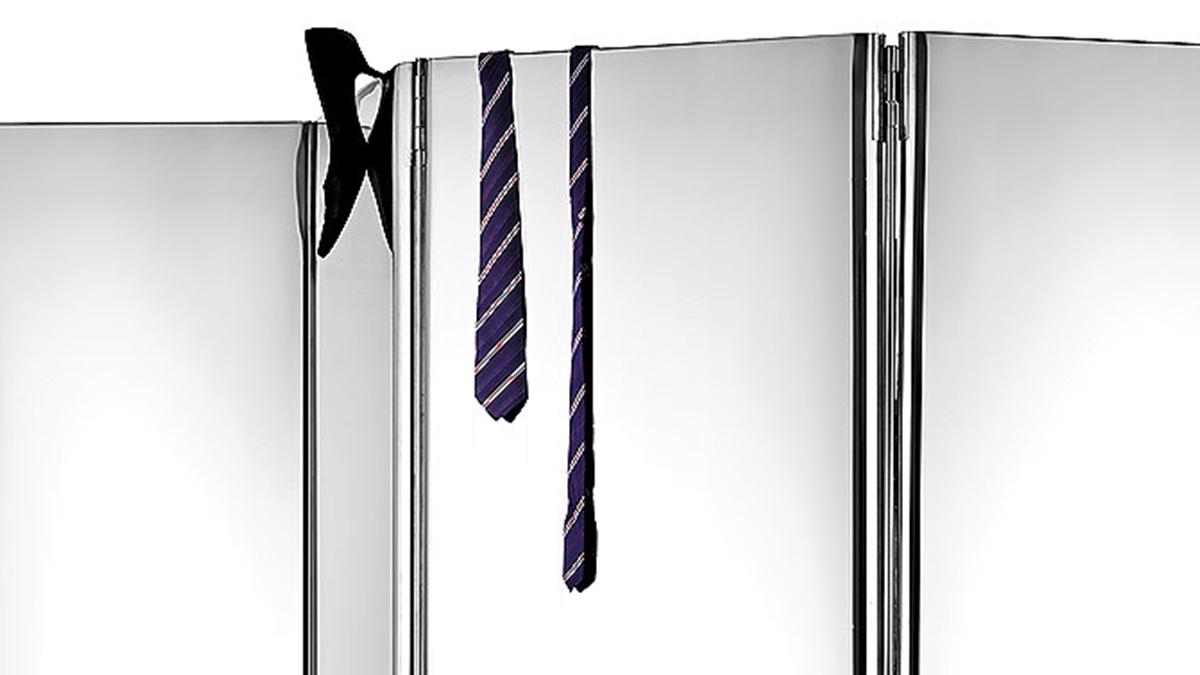 Luxury metal furniture | Hand made in Italy | Metal furnishings | Lamberti Design - paravento in acciaio inox, piastra a pavimento in acciaio satinato
