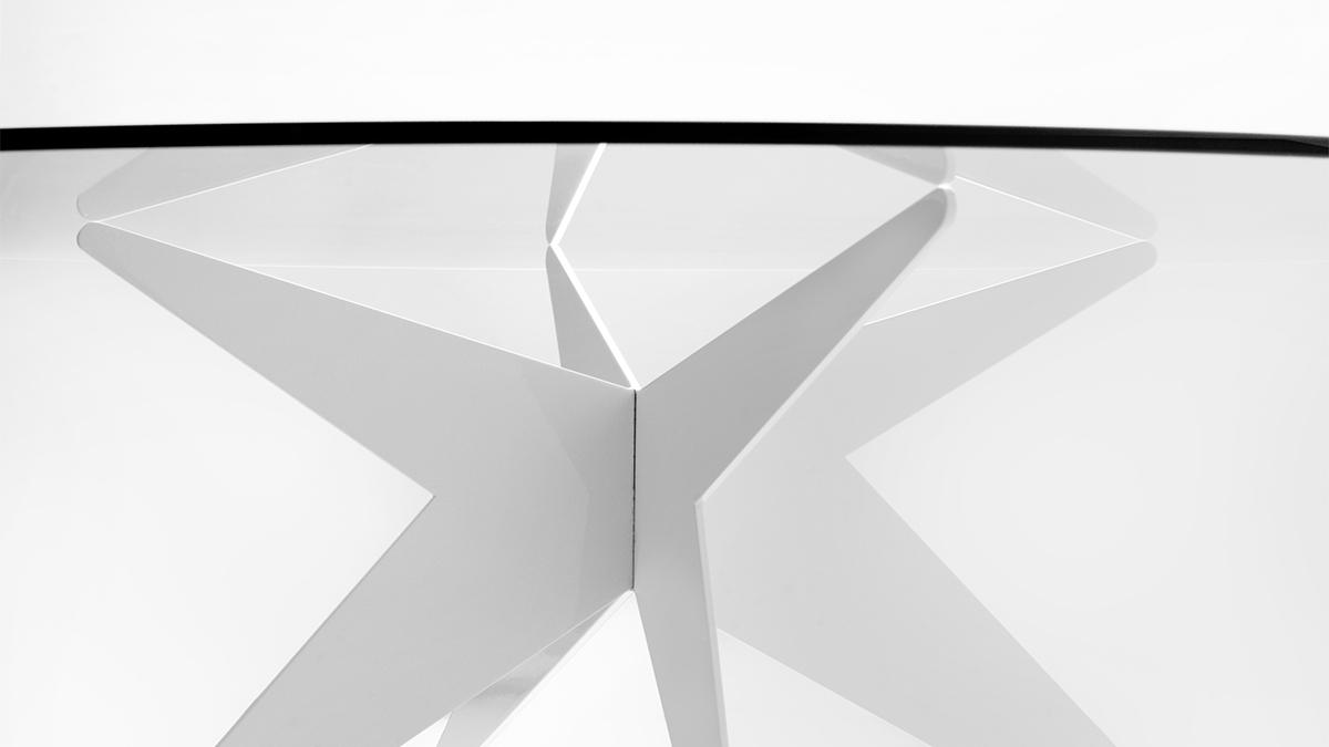 Elegant low table | Luxury design objects | Hand made in Italy | Lamberti Design - Tavolino basso da salotto in vetro e acciaio verniciato dal design moderno