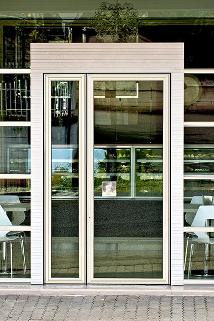 Contract furniture pastry - Arredamento bar e negozi - componenti arredo di design su misura in acciaio vetro e marmo realizzati artigianalmente in Italia - Lamberti Design
