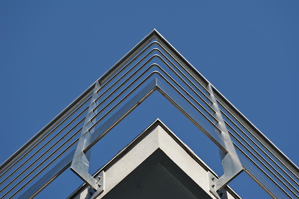 Balaustre acciaio vetro arredamento acciaio inox su misura taglio waterjet