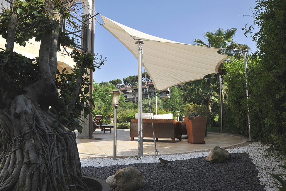 Designer furniture for garden, patio, terrace in hotels and luxury homes - Arredo outdoor, arredamento esterni, arredo giardini in acciaio, arredo design ville ed hotel di lusso in acciaio e metalli su misura
