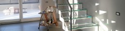 Scale acciaio inox su misura interne con parapetto vetro arredi acciaio inox