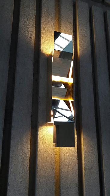 Arredamento negozi franchising lavorazione metalli design su misura