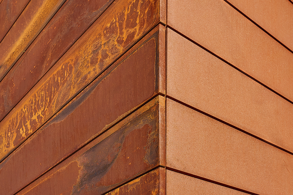 Outdoor furniture - Builing staircase facades covered with Corten Steel - Elementi d'arredo Corten outdoor - Progettazione e realizzazione Lamberti Design